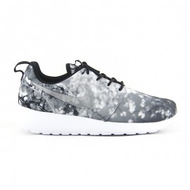 NIKE ROSHE ONE CHERRY BLOSSOM Wolf Grey