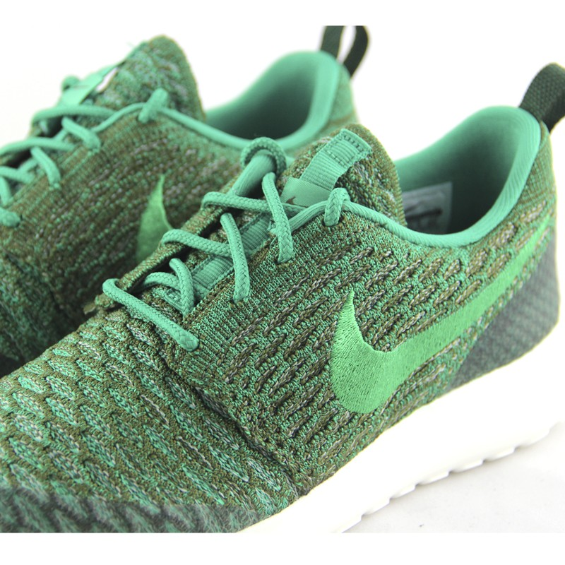 sports shoes c1261 3a661 ... NIKE ROSHE ONE FLYKNIT ROUGH GREEN ...