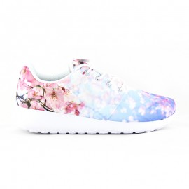 NIKE ROSHE ONE CHERRY BLOSSOM White / University Blue