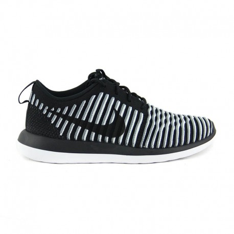 NIKE W ROSHE TWO FLYKNIT Black White Cool Grey