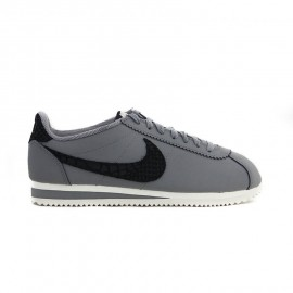 NIKE Classic Cortez Leather SE Cool Grey / Black / Sail