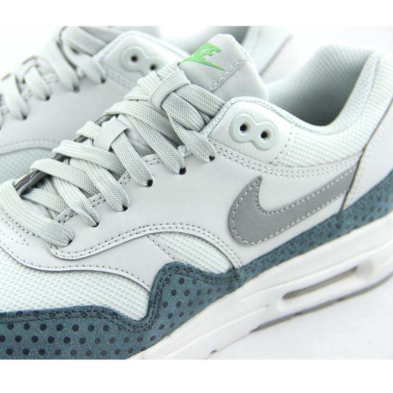 Nike Air Max 1 Ultra Essential (grey green) 2 Huellas